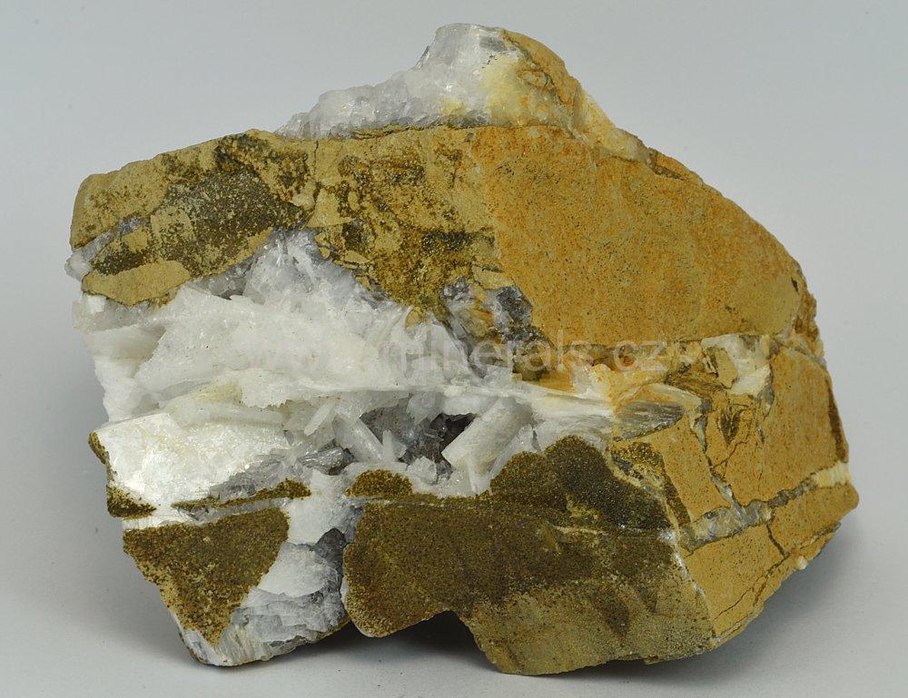 Minerál EPISTILBIT