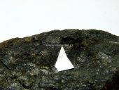 Minerál GOLDMANIT