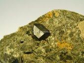 Minerál LORENZENIT