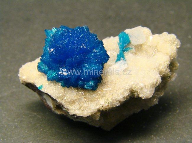 Minerál CAVANSIT