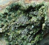 Minerál SKORODIT