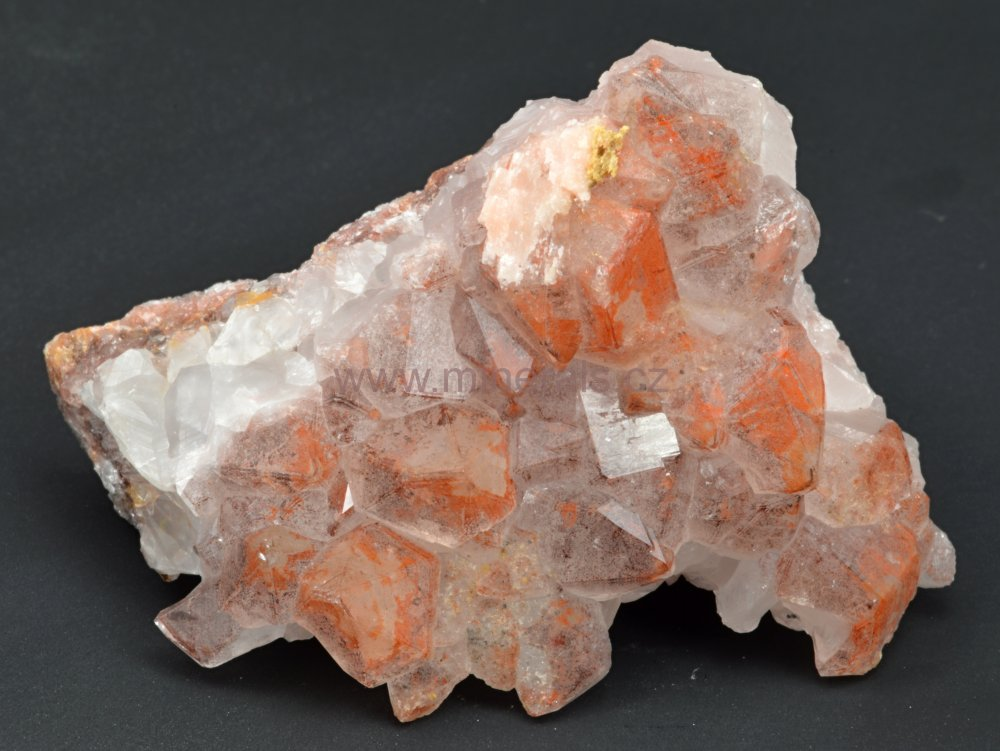 Minerál KŘEMEN ( Orange River Quartz )