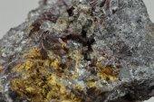 Minerál ANTIMON, KERMEZIT