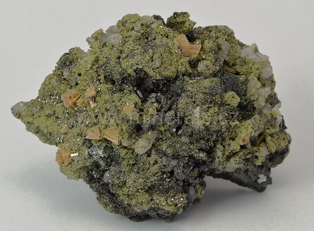 Minerál HELVIN