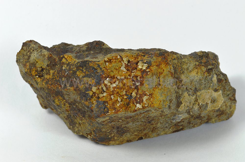 Minerál PAULINGIT-Na