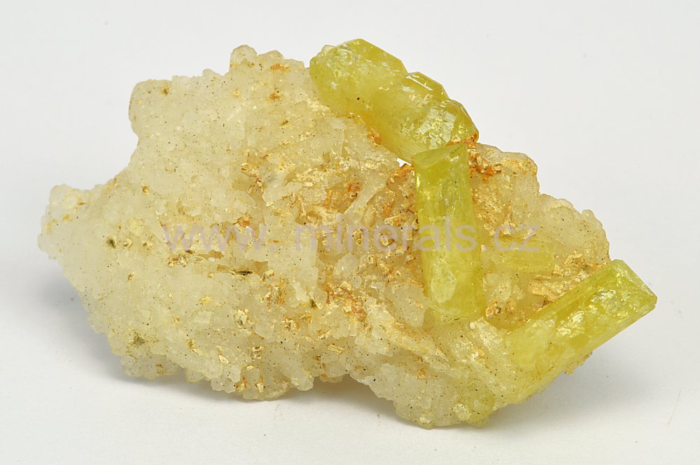 Minerál BRAZILIANIT