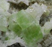 Minerál AUGELIT