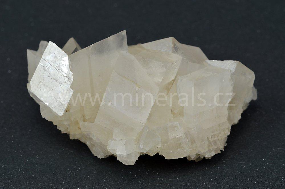 Minerál MAGNEZIT