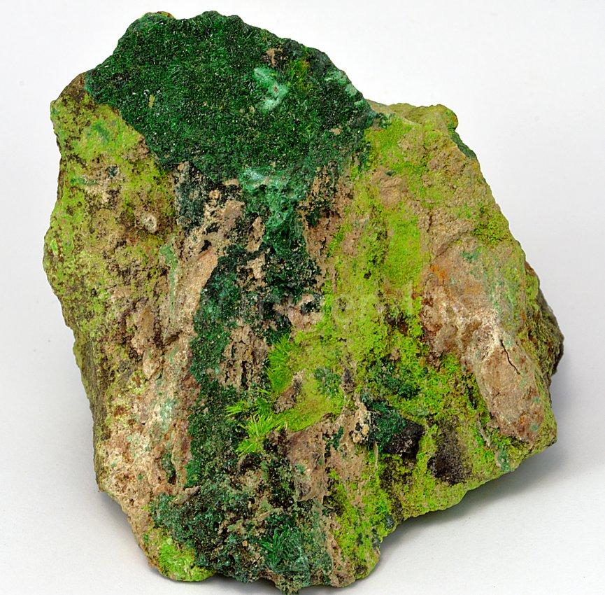 Minerál KUPROSKLODOWSKIT