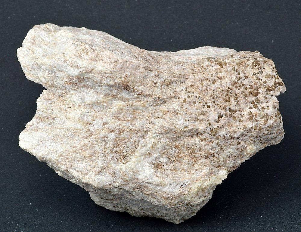 Minerál ZUNYIT