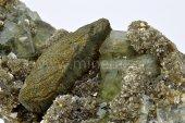 Minerál FLUORAPATIT, ARZENOPYRIT