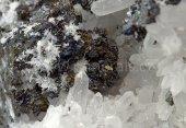 Minerál AKANTIT, POLYBASIT