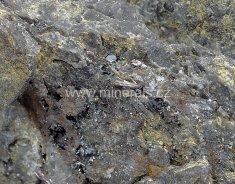 Minerál ŠAFAŘÍKIT