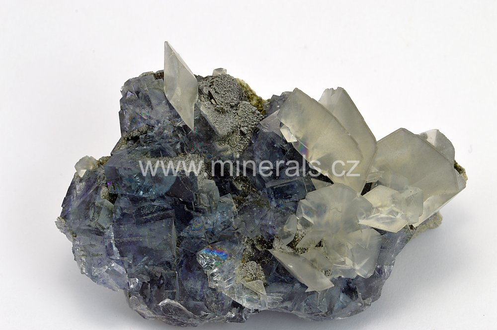 Minerál FLUORIT, KALCIT