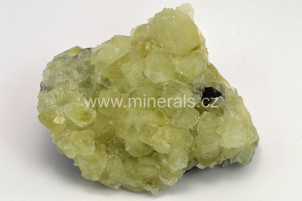 Minerál DATOLIT