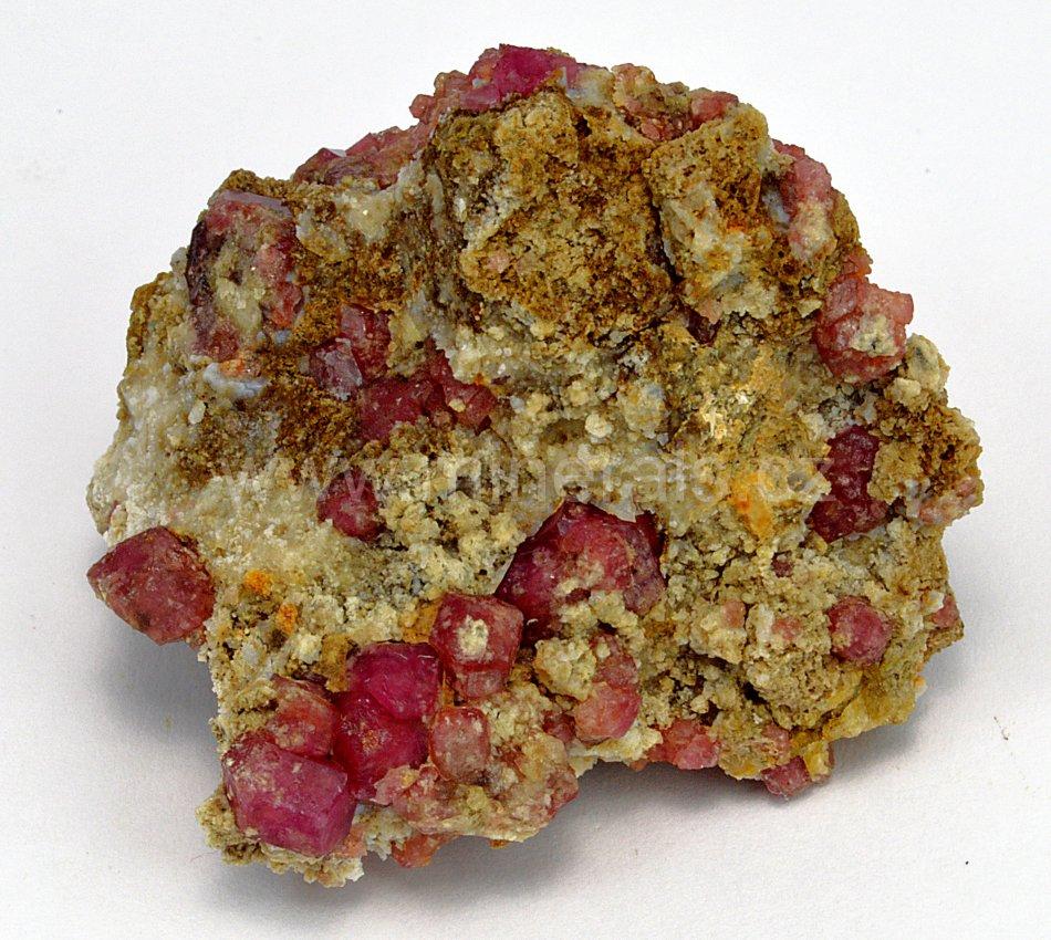 Minerál GROSULÁR
