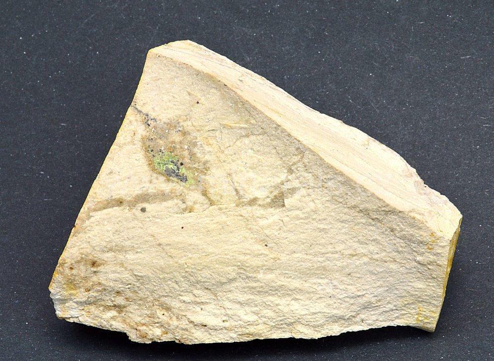 Minerál IDRIALIN ( CURTISIT )