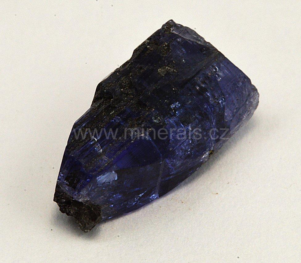 Minerál TANZANIT