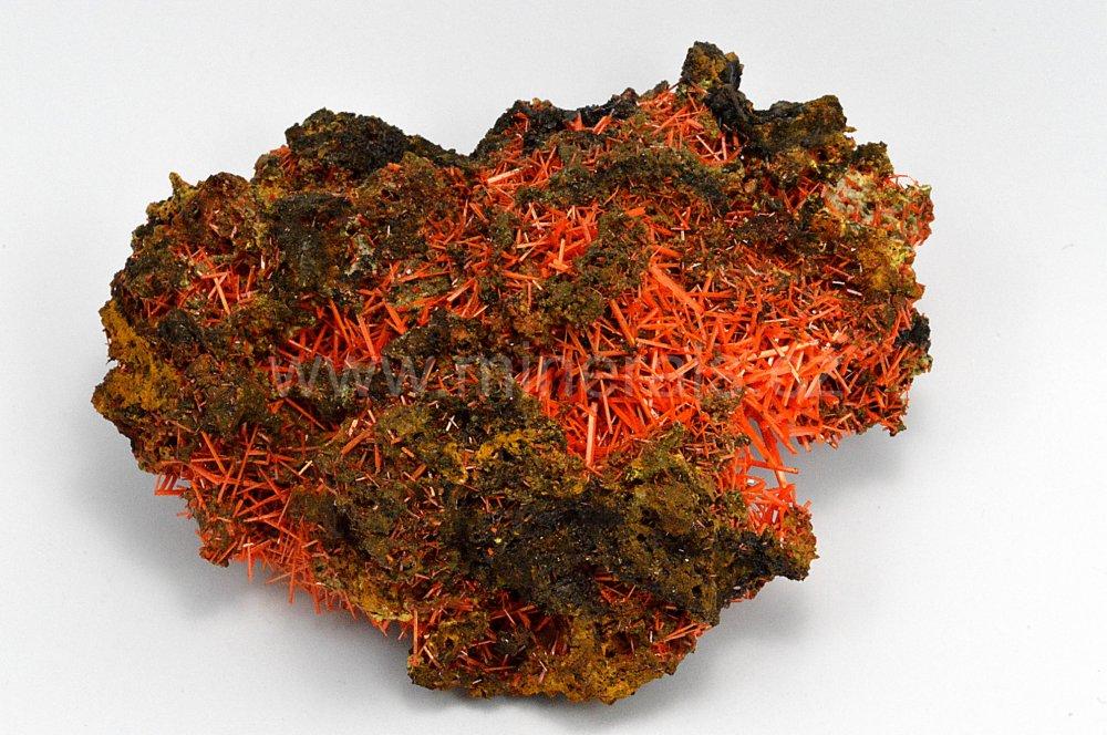 Minerál KROKOIT