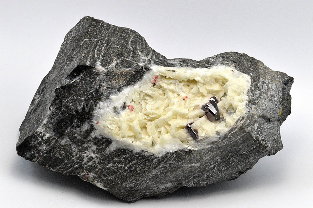 Minerál CINABARIT