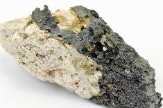 Minerál ARSENPOLYBAZIT