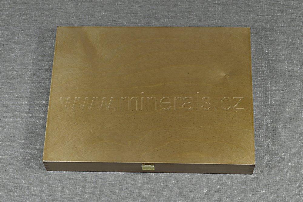 Minerál DŘEVĚNÁ KAZETA 30