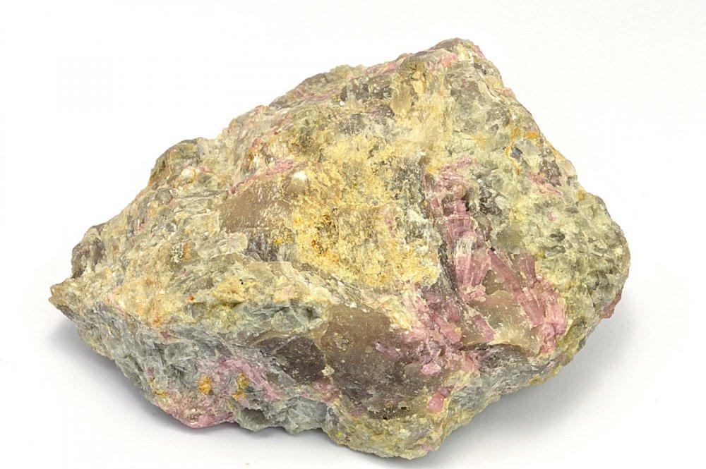 Minerál RUBELIT